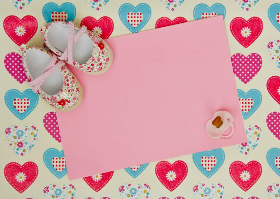 What to Put in a Baby Scrapbook: Some Top Creative Ideas